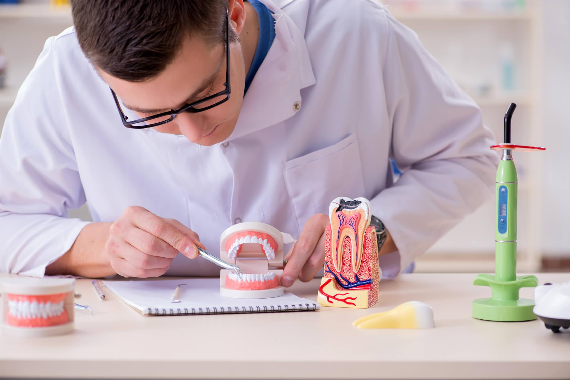 technician working on Fort Pierce dentures